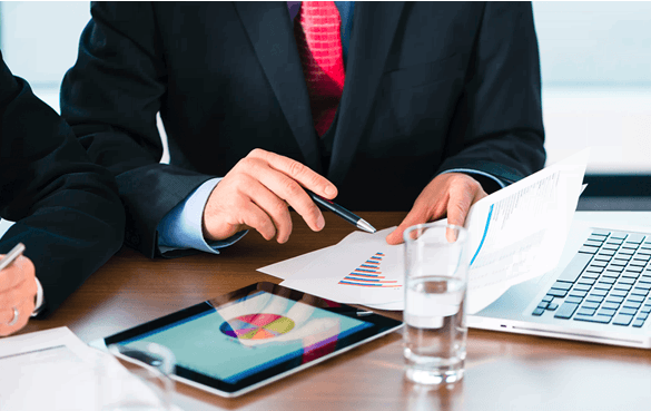 Making business investment decisions from data